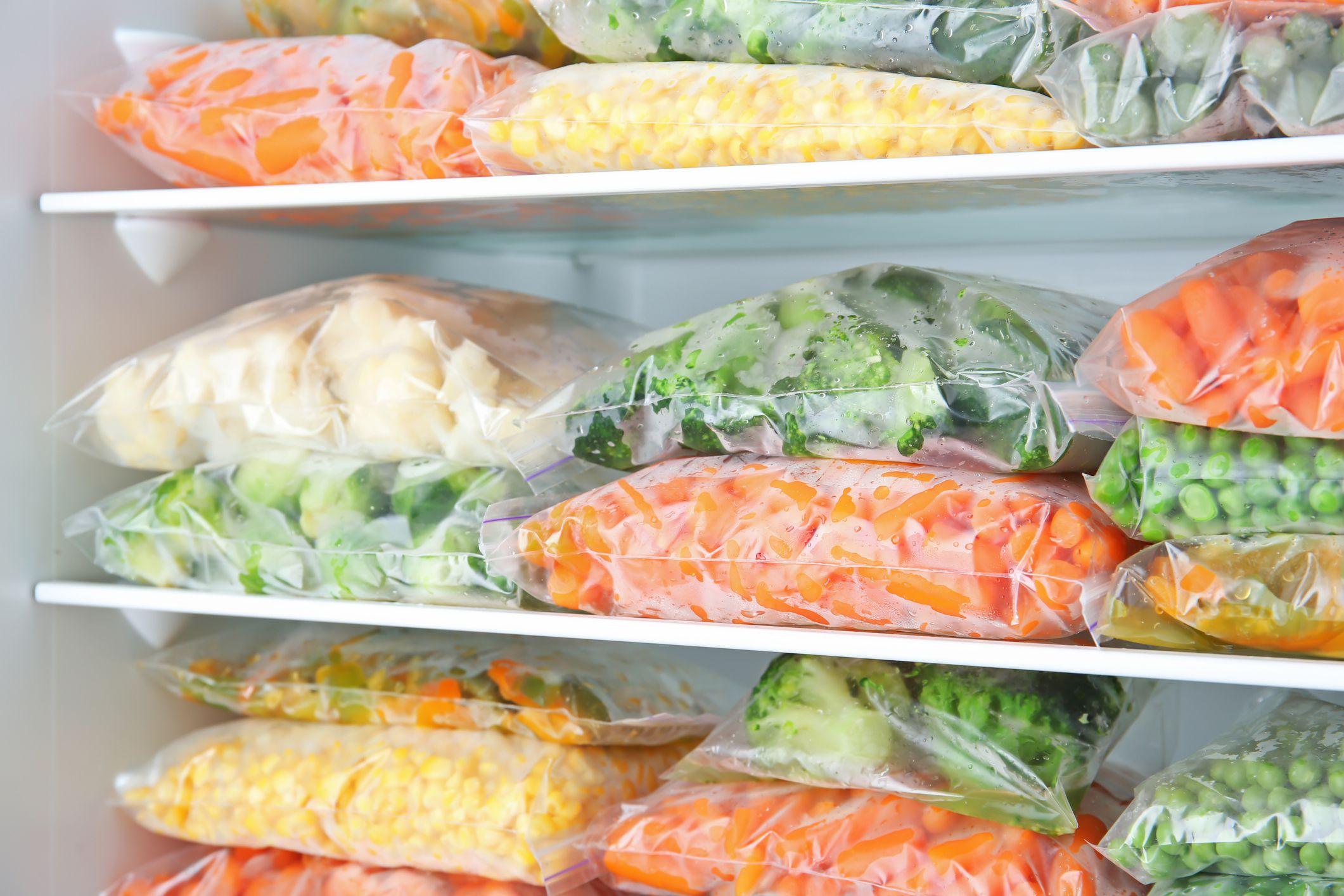 A importância dos registros e da coleta de amostras nos Serviços de Alimentação